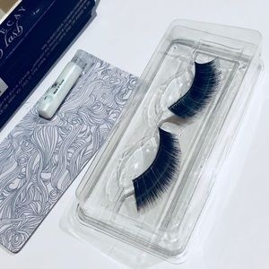 Urban Decay false eyelashes